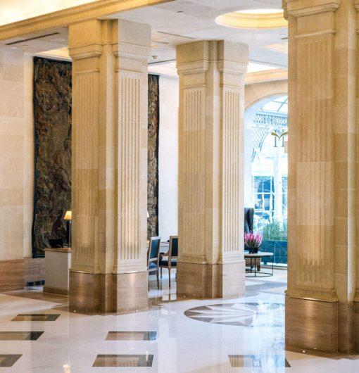 Zaida Sabatés — Hotel Majestic, Barcelona, Imitación de piedra Trabajo realizado con Arts&Claus