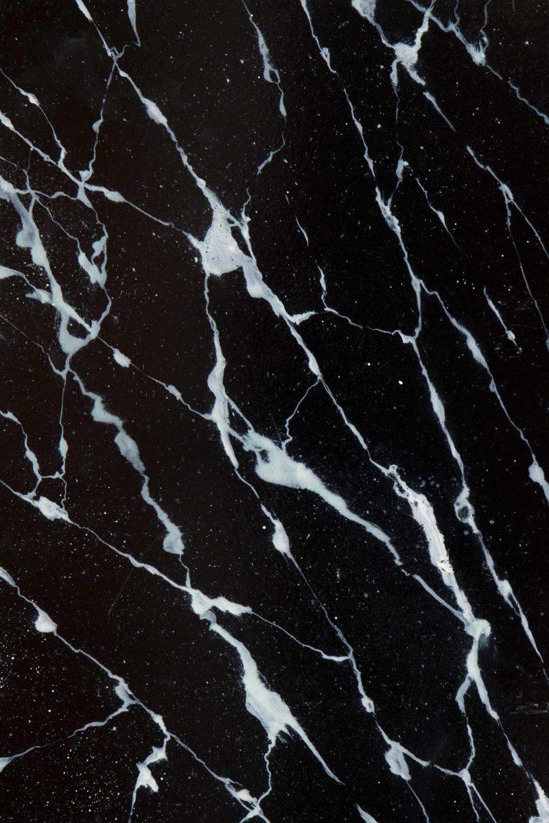 Piso de marmol negro granito negro titanium de naturamia for Piso de marmol negro
